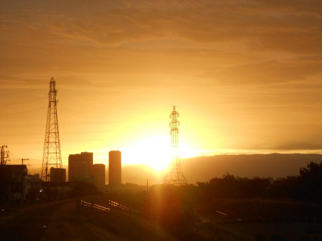 多摩川の朝日